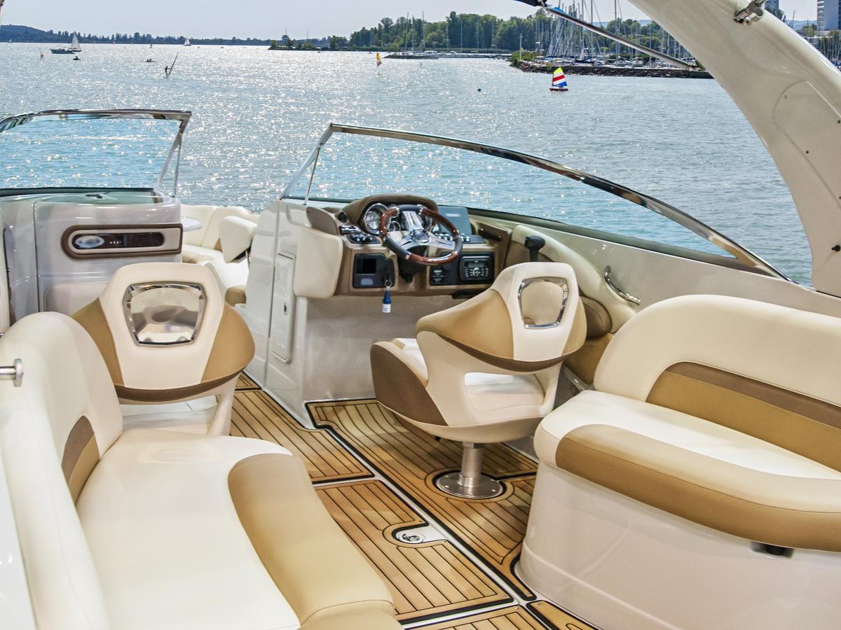 clean boat's interiors